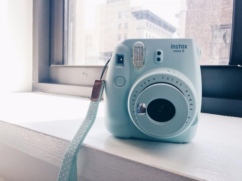Обзор новинки Fujifilm Instax Mini 9